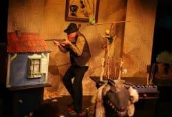 """""""Peter und der Wolf"""". Foto: Therese Stuber"""