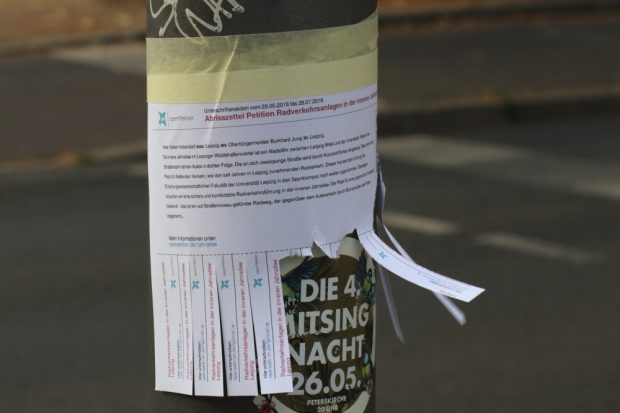 Abrisszettel für die Petition von Volker Holzendorf an der Jahnallee. Foto: L-IZ.de