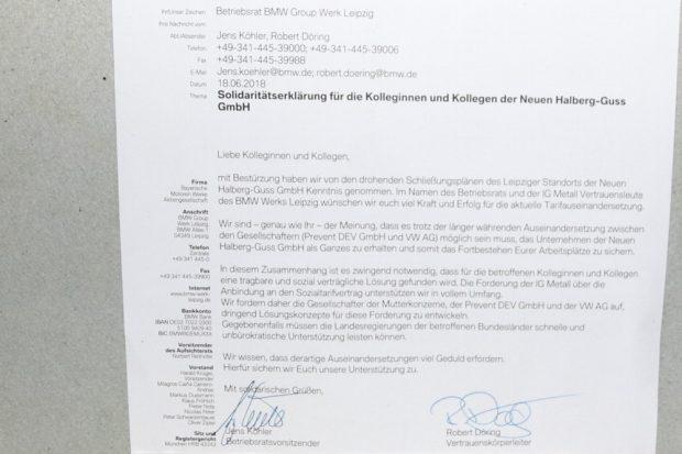Ein Solidaritätsschreiben von den Arbeitnehmervertretern der BMW-Group. Foto: Michael Freitag