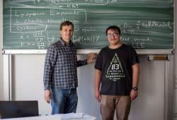 Prof. Jochen Merker (links) und Timo Hofmann. Foto: Robert Weinhold/HTWK Leipzig