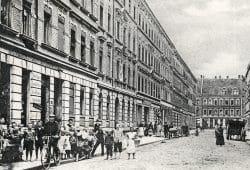 Leipzig im ersten Viertel des letzten Jahrhunderts hier in der Weststraße in Leipzig Lindenau. Foto: Pro Leipzig Verlag