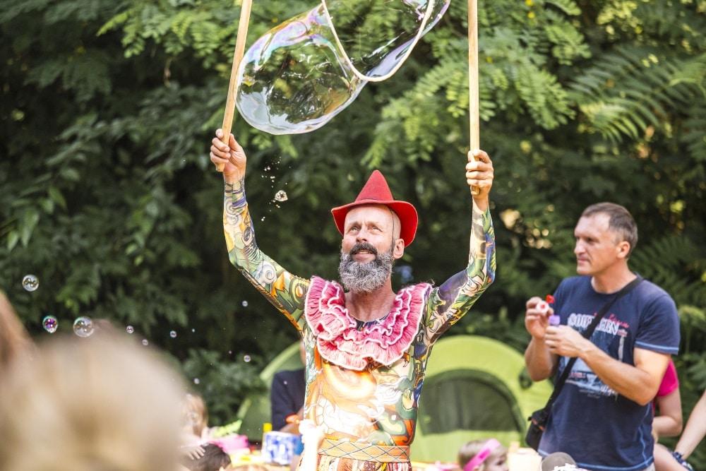 Ariowitsch-Haus Tag bei Welt im Zelt. Foto: Schimmel