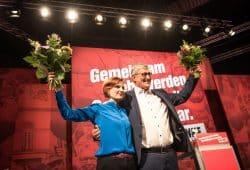 Katja Kipping und Bernd Riexinger sind erneut zu den Bundesvorsitzenden gewählt worden. Foto: Tim Wagner