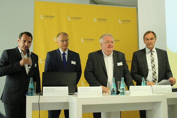 Bilanzkonferenz der LVV: Pressesprecher Frank Viereckl, Volkmar Müller, Michael Theis und Burkhard Jung. Foto: Ralf Julke