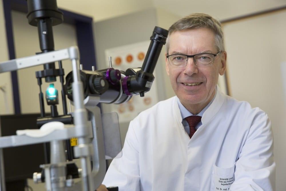 Prof. Peter Wiedemann, Direktor der Klinik und Poliklinik für Augenheilkunde am UKL. Foto: Stefan Straube/UKL