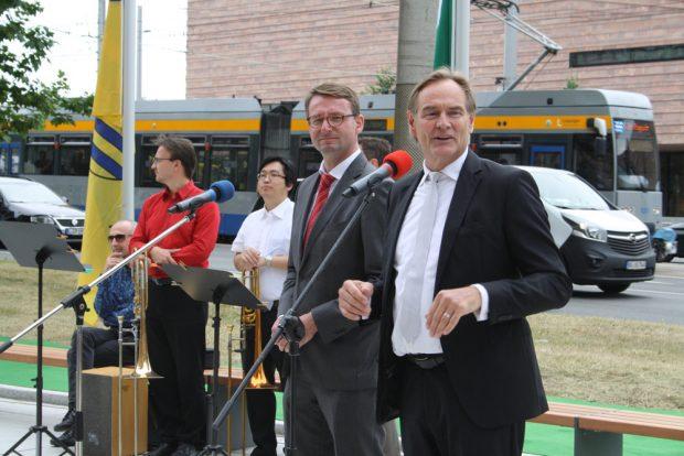 Keine Freunde mehr: Innenminister Roland Wöller (CDU) und OBM Burkhard Jung (SPD). Foto: Ralf Julke