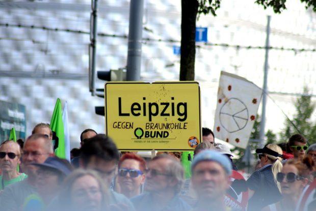 """Am 28. Juli 2018 hatte der BUND Sachsen zur Demo """"Klima retten, Kohle stoppen"""" gerufen. Foto: Michael Freitag"""