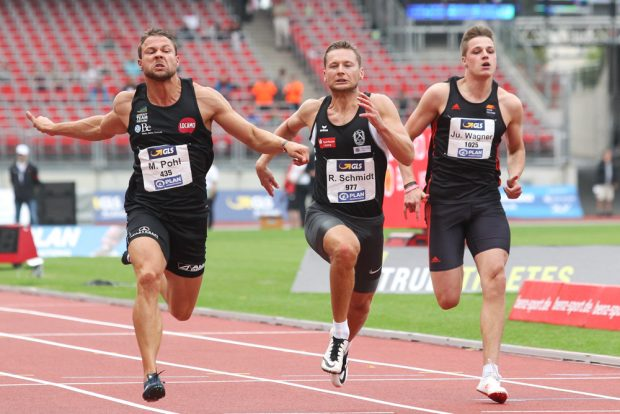 Roy Schmidt (DHfK/ m.) machte im 100 Meter-Zwischenlauf das Finale klar. Foto: Jan Kaefer