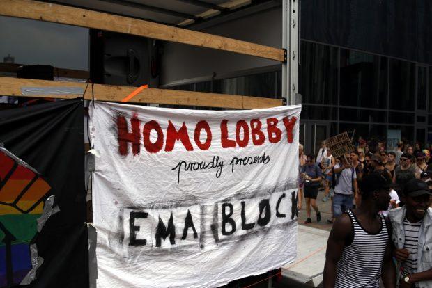 Die Homo Lobby steckt hinter dem Emanzipatorischen Block. Foto: Alexander Böhm