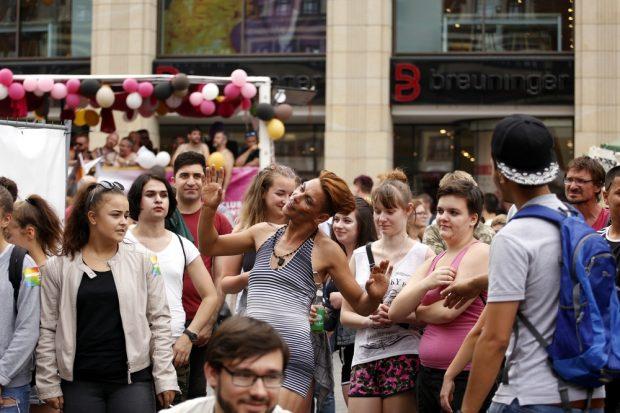 Die Party ging nach der Demonstration auf dem Marktplatz weiter. Foto: Alexander Böhm