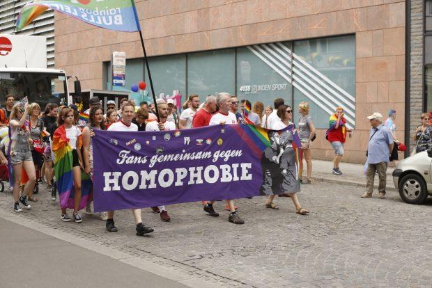 Fußballfans gegen Homophobie. Foto: Alexander Böhm