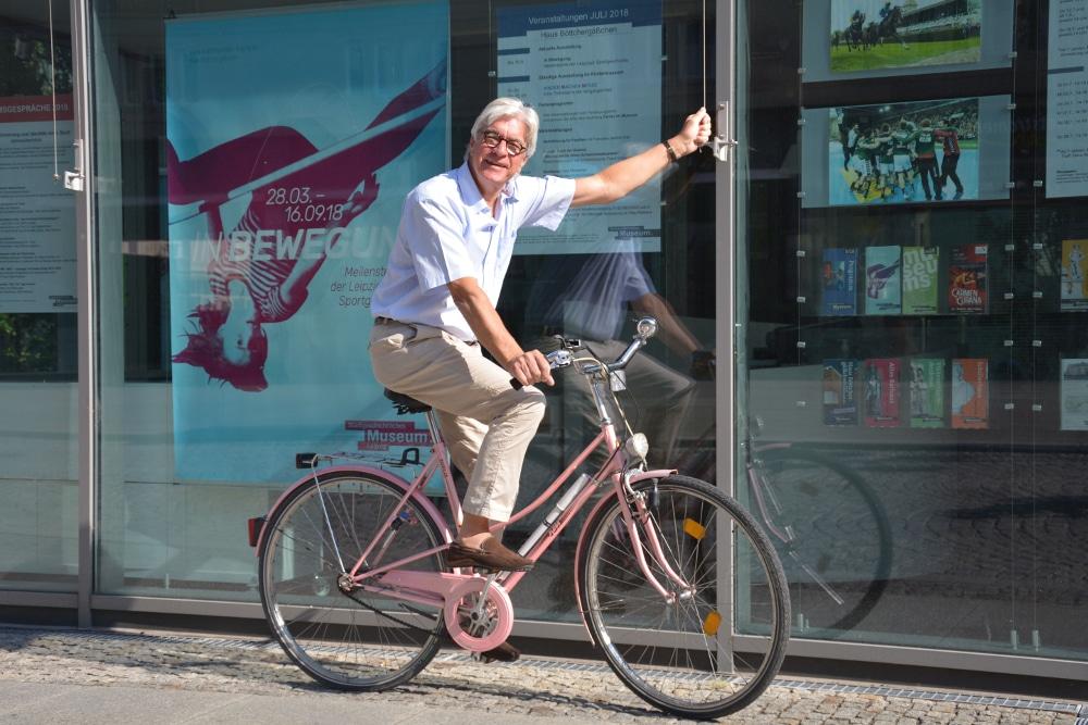 Direktor Dr. Volker Rodekamp lädt zur Fahrradtour ein. Foto: SGM