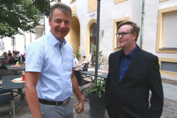 Landrat Kai Emanuel (li) und Lokalmatador Christian Simoneit. Foto: Landratsamt