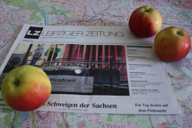 Echtes Sommer-Lesefutter: Leipziger Zeitung Nr. 57. Foto: Ralf Julke