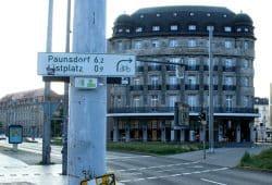 Und wo geht's hier ins SachsenNetz? Foto: Ralf Julke