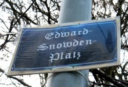 Noch kein offizieller Straßenname: Edward-Snowden-Platz. Foto: Marko Hofmann