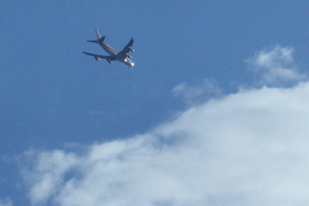 Auch tagsüber wird die kurze Südabkurvung rücksichtslos beflogen. Foto: Ralf Julke