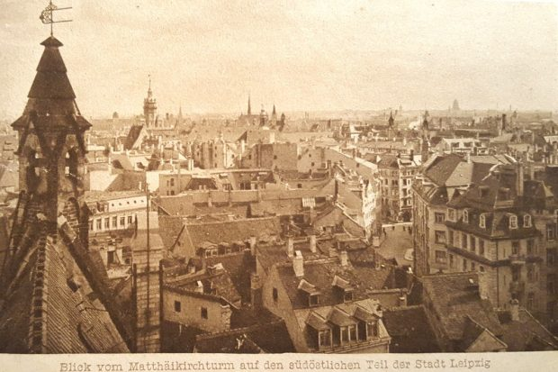Der Blick über Leipzig zum Beginn des 20. Jahrhunderts. Historische Postkarte von Fischer & Wittig Verlag Leipzig. Foto: Marko Hofmann