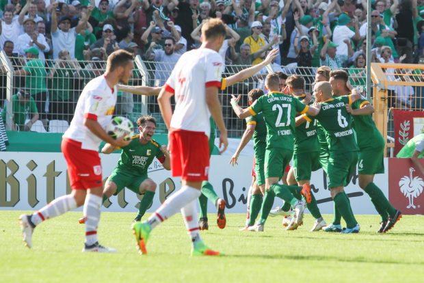Nach dem 2:1-Siegtreffer für Chemie im Pokal eskalierte Leutzsch. Foto: Jan Kaefer