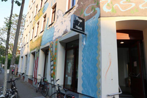 Zentrum vieler aktueller Debatten im Leipziger Osten: das Pögehaus in der Hedwigstraße 20. Foto: Michael Freitag