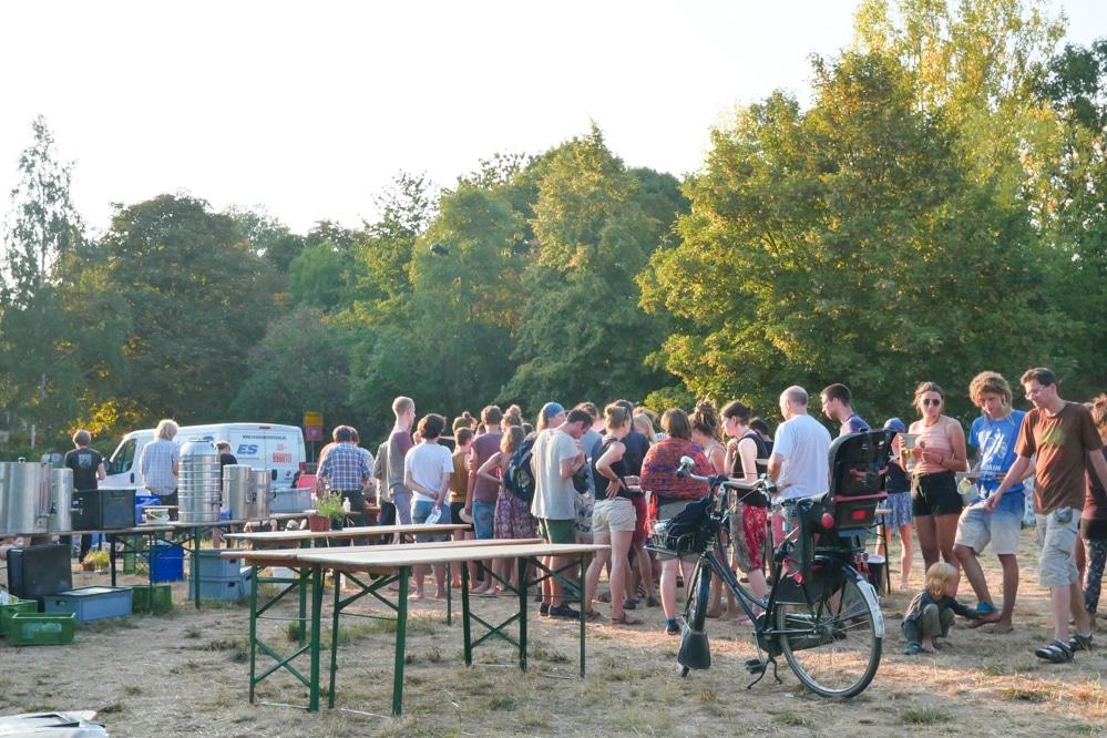 Das Klimacamp in Pödelwitz zum STart am Montag. Foto: Luca Kunze