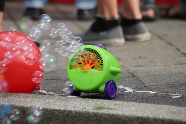 Seifenblasen am Wegesrand