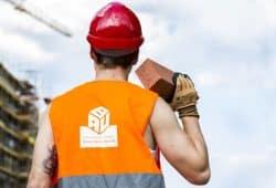 Wieder stärker gefragt – Steine sind der Rohstoff der Baukonjunktur. Doch eine entscheidende Bremse beim Neubau ist der Personalmangel in den Behörden, so die IG BAU. Foto: William Diller/IG BAU