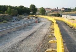 Straßenbau an der Landsberger Brücke. Foto: Ralf Julke
