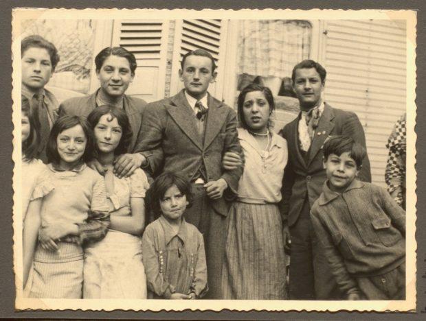 Angehörige der Familien Ansin, Thormann und Laubinger/Steinbach Mitte der 1930er Jahre in Dessau-Roßlau. Fpto: Hanns Weltzel, Quelle: University of Liverpool Library