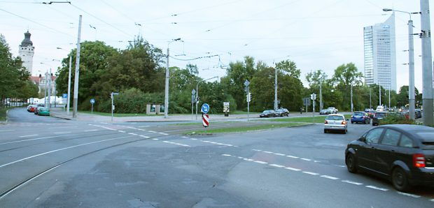 Die Ostseite des Grundstücks an der Grünewaldstraße. Foto: Ralf Julke