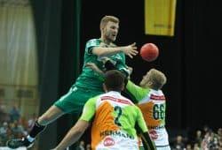 Eine vergeigte Schlussviertelstunde kostete den DHfK-Handballern ihren zweiten Heimsieg. Foto: Jan Kaefer