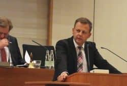 Finanzbürgermeister Torsten Bonew (CDU) zur Gästetaxe in Leipzig. Foto: L-IZ.de