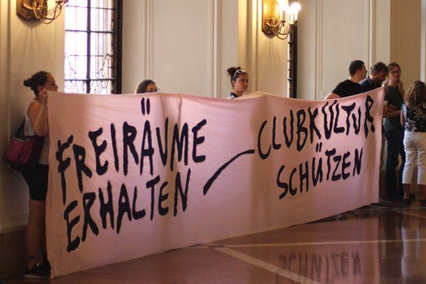 Leipziger Clubkultur schützen - auch die Clubszenerie schloss sich mit einer Demo an. Foto: L-IZ.de