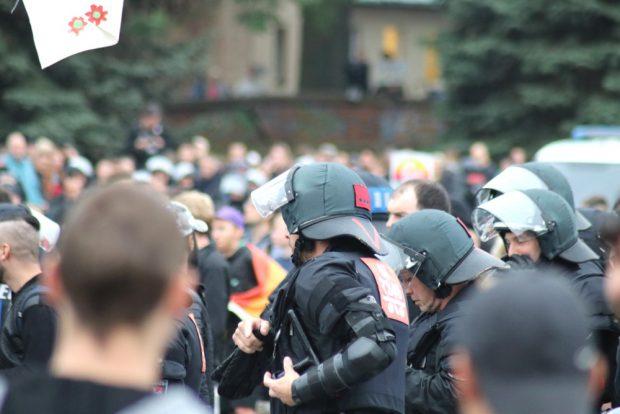 Kein Knüppel frei an der Blockade gegen die AfD. Foto: Michael Freitag