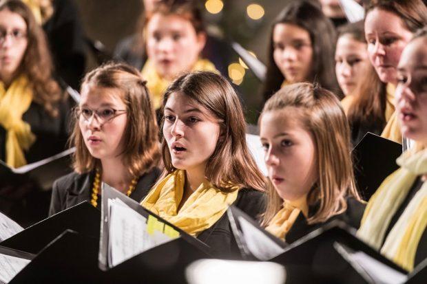 Mitglieder des Mädchen und Frauenchores in der Peterskirche-Leipzig, Foto: Schola Cantorum