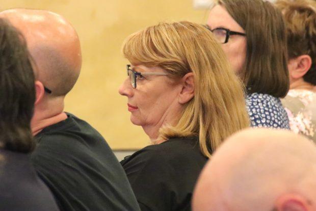 Staatsministerin Petra Köpping (SPD) Anfang 2018 bei der Debattenveranstaltung zum Treuhandbuch von Dr. Marcus Böick in Grimma. Foto: Michael Freitag