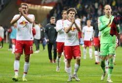 Die Spieler von RB Leipzig nach dem 1:1 in Frankfurt. Foto: GEPA Pictures