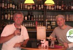 """Norman Landgraf (li.) und Martin Hoch sportlich im """"Pie Maker"""". Foto: Screenshot Sportpunkt"""