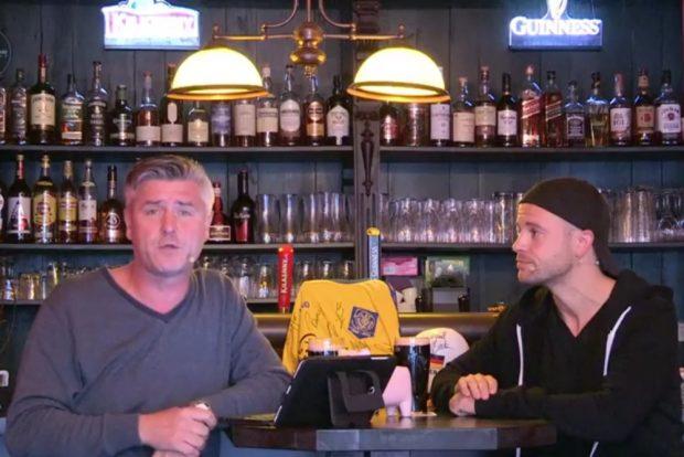 Norman Landgraf und Martin Hoch versteigern u.a. ein signiertes Lok-Trikot. Foto: Screenshot Sportpunkt
