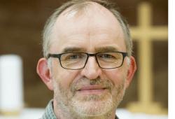 Matthias Deckwart ist seit Anfang August als neuer katholischer Klinikseelsorger Teil des Seelsorgeteams am Universitätsklinikum Leipzig. Foto: Stefan Straube / UKL