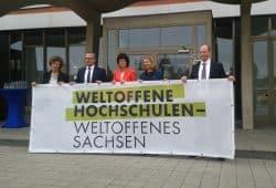 Banneraktion von Universität und HHL. Foto: René Loch