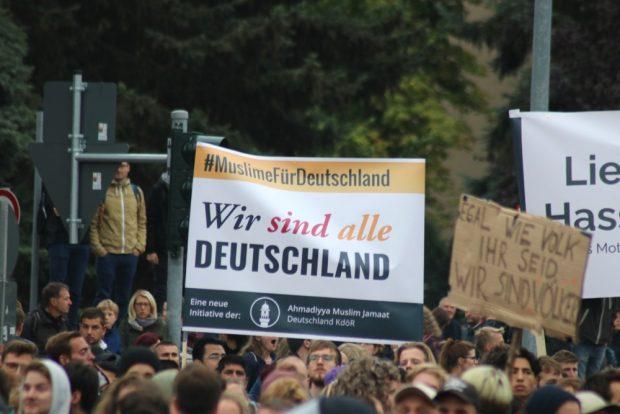 Wir sind alle Deutschland ... auf der Gegendemo. Foto: L-IZ.de