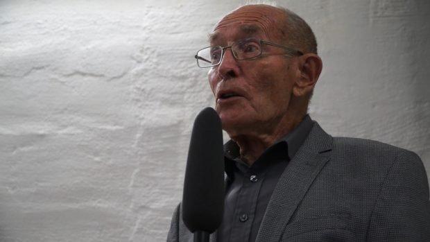 Prof. Cornelius Weiss bei der Begrüßung. Foto: Aufstehen Leipzig