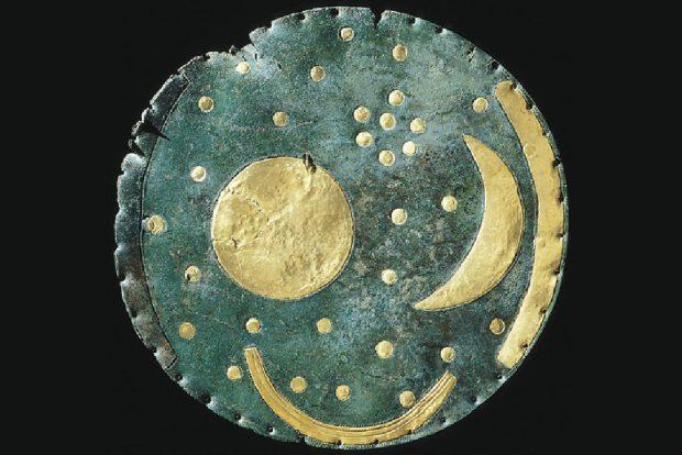 Die berühmte Himmelsscheibe von Nebra. Foto: Landesmuseum für Vorgeschichte Halle