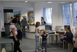 INSPIRATA Mitmach Ausstellung im Physik-Bereich mit Besuchern. Foto: Cynthia Pfingst