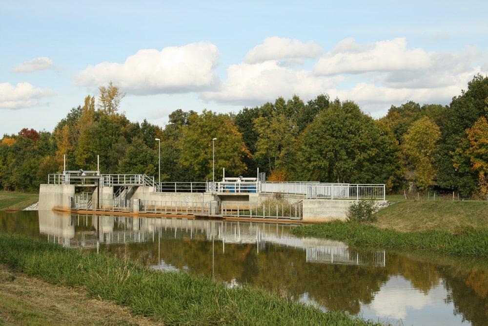 Pleißewehr in Markkleeberg - nördlich davon sollte die Wasserschlange abzweigen. Foto: Ralf Julke