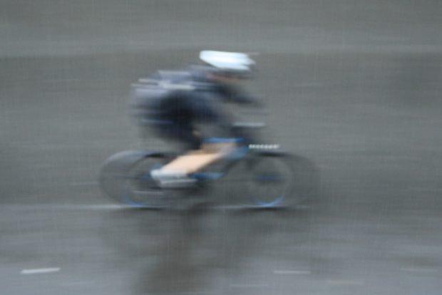Mit 20 km/h flott zur Arbeit. Foto: Ralf Julke