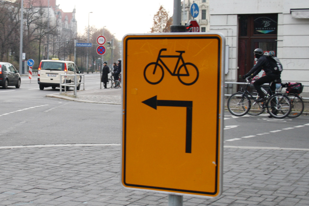 Langjährige Situation an der Einmündung der Gottschedstraße. Foto: Ralf Julke