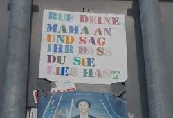 Ruf deine Mama an ... Foto: Marko Hofmann