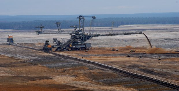 Pödelwitz ist nicht allein - Der Lausitzer Energiekonzern LEAG will den Tagebau Nochten im Örtchen Mühlrose weiterführen – wofür 200 Menschen umgesiedelt werden sollen. Foto: Fritz Brozio